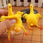 zabawka-antystresowa-kurczak
