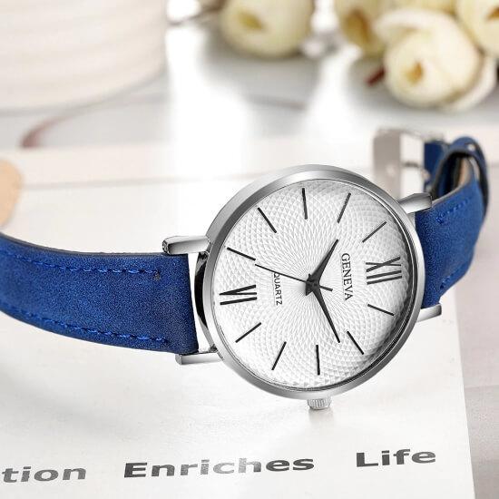 modny-zegarek-damski-klasyczny