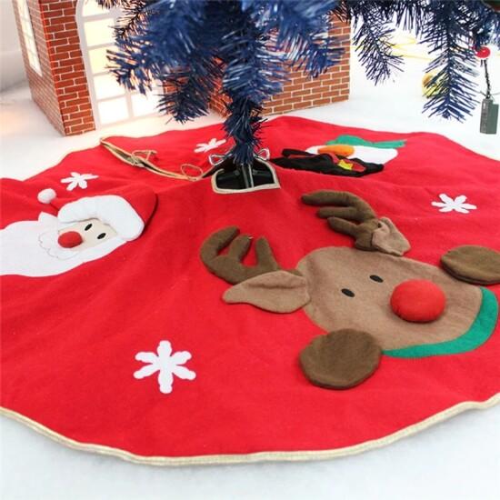 Świąteczny dywanik pod choinkę