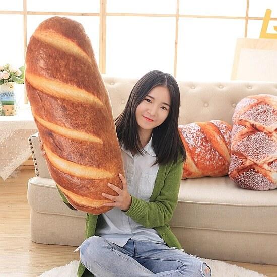 Poduszka w kształcie bochenka chleba