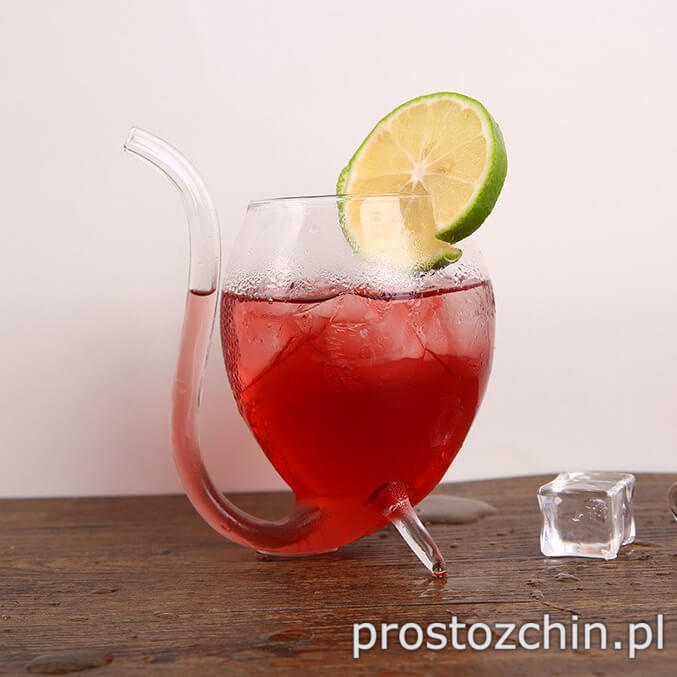 szklanka-z-rurka